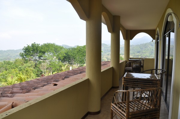 Balcony costa rica house for rent