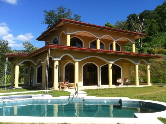 Costa Rica Home for Rent pool ocean view
